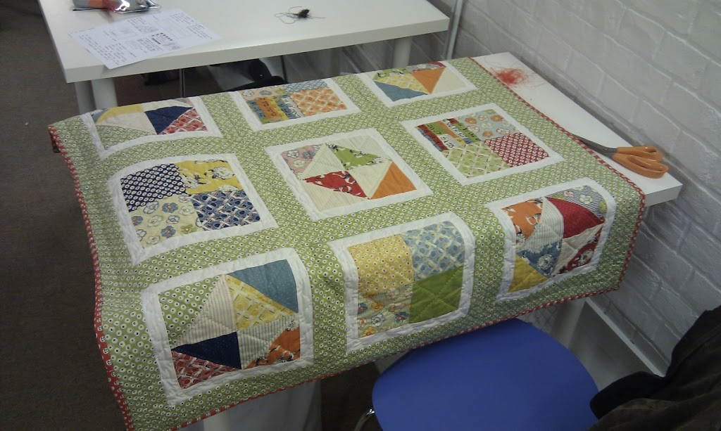 Textile hunter: Inspirational quilts plus Amy Butler Bloom Quilt download!