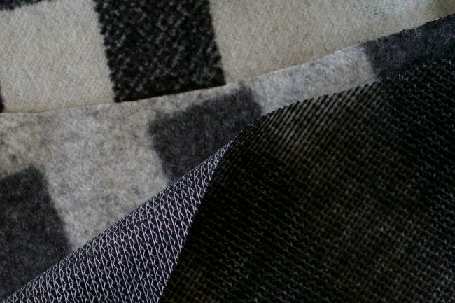 peacoatsewalonginterfacing10
