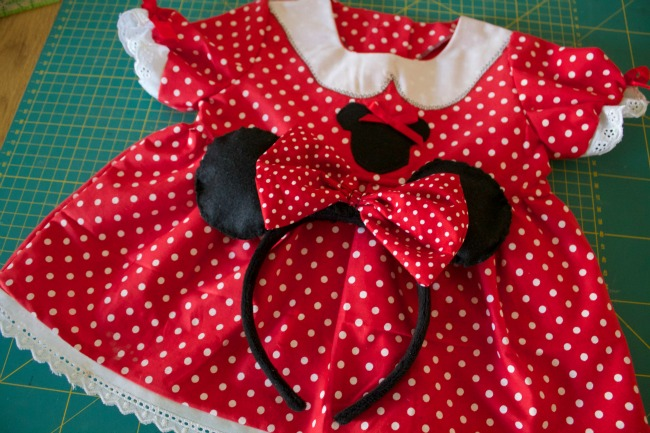 Minnie Mouse toddler Smock + Other Projects